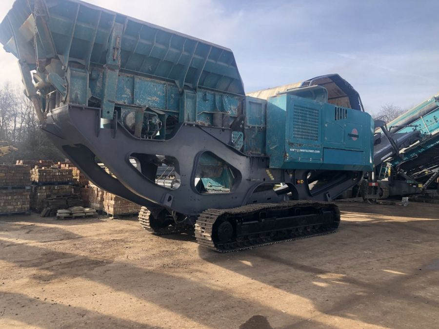 Used Crusher 2015 Powerscreen Premiertrak R400 for Sale - 1