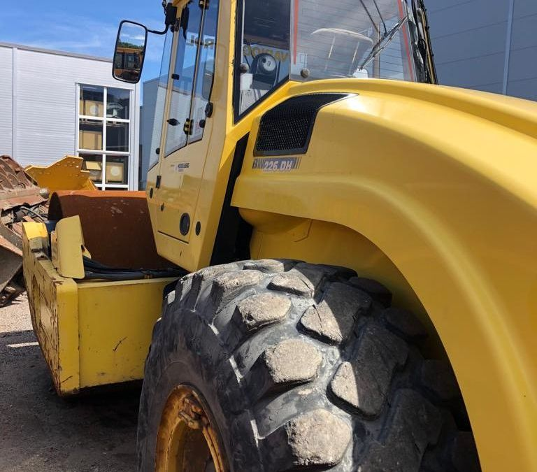 Used Roller 2009 Bomag BW226DH-4 for Sale - 3