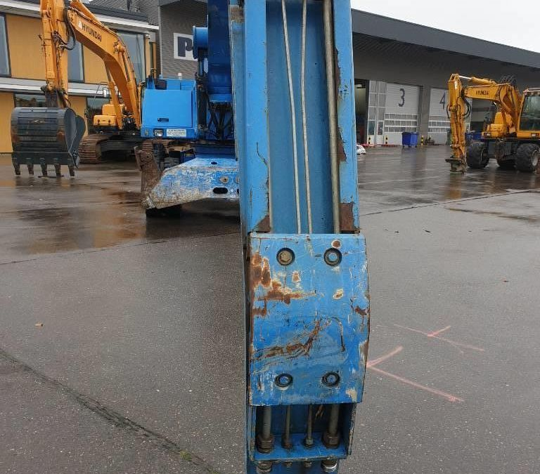 Used Material Handler 2005 Fuchs MHL340 for Sale - 4