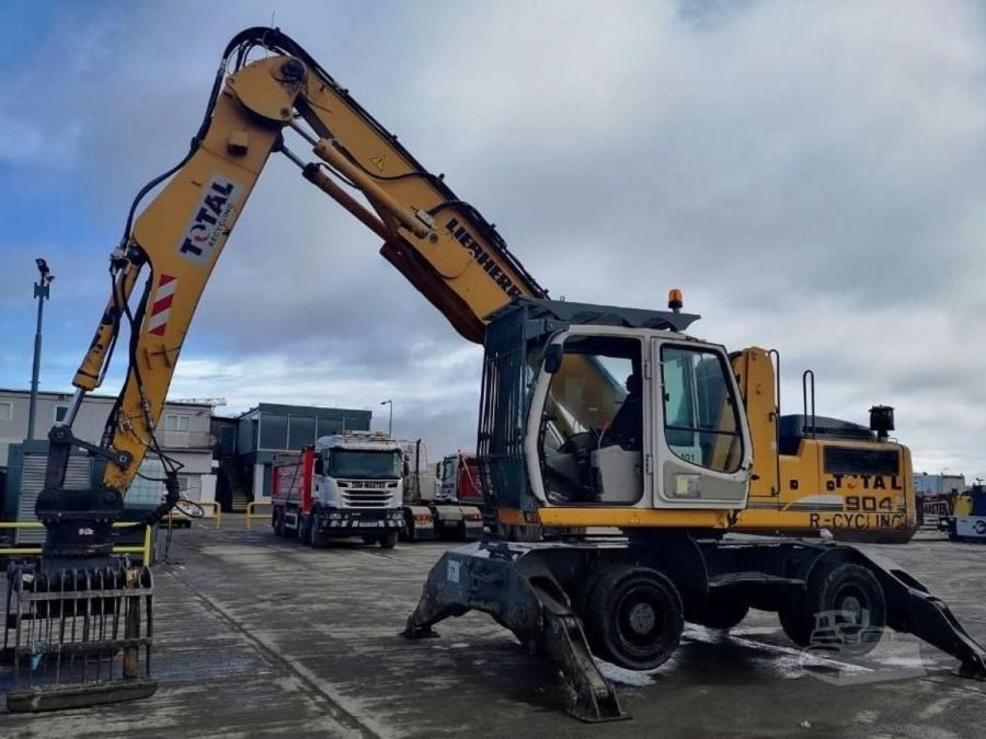 Used Material Handler 2011 Liebherr A 904 Litronic Material Handler for Sale - 3