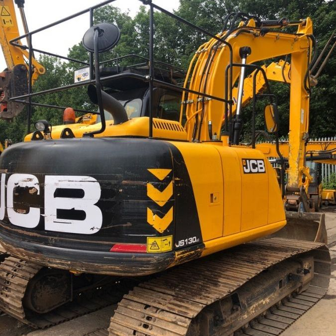 Used Excavator 2014 JCB JS 130 for Sale - 3