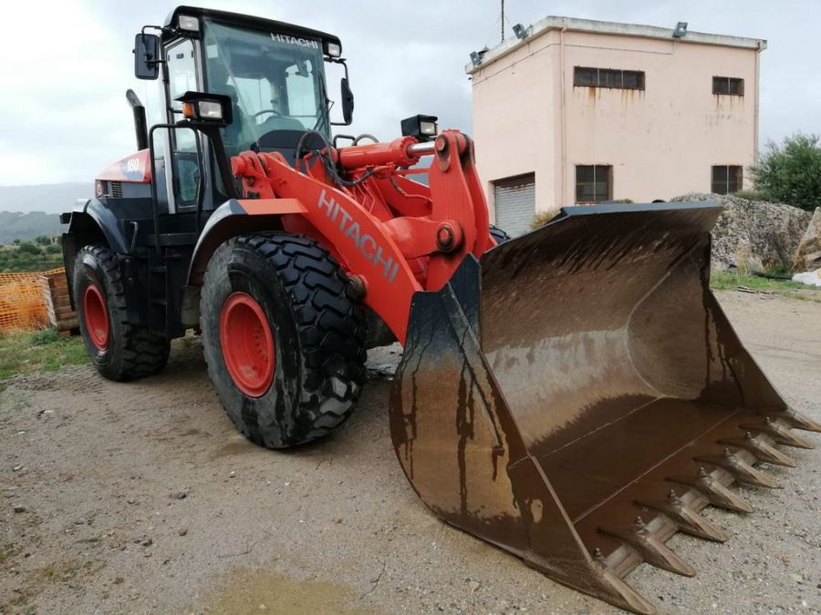 Used Wheel Loader 2011 Hitachi ZW180 for Sale - 1