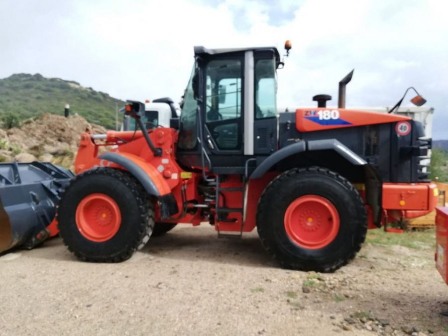 Used Wheel Loader 2011 Hitachi ZW180 for Sale - 4