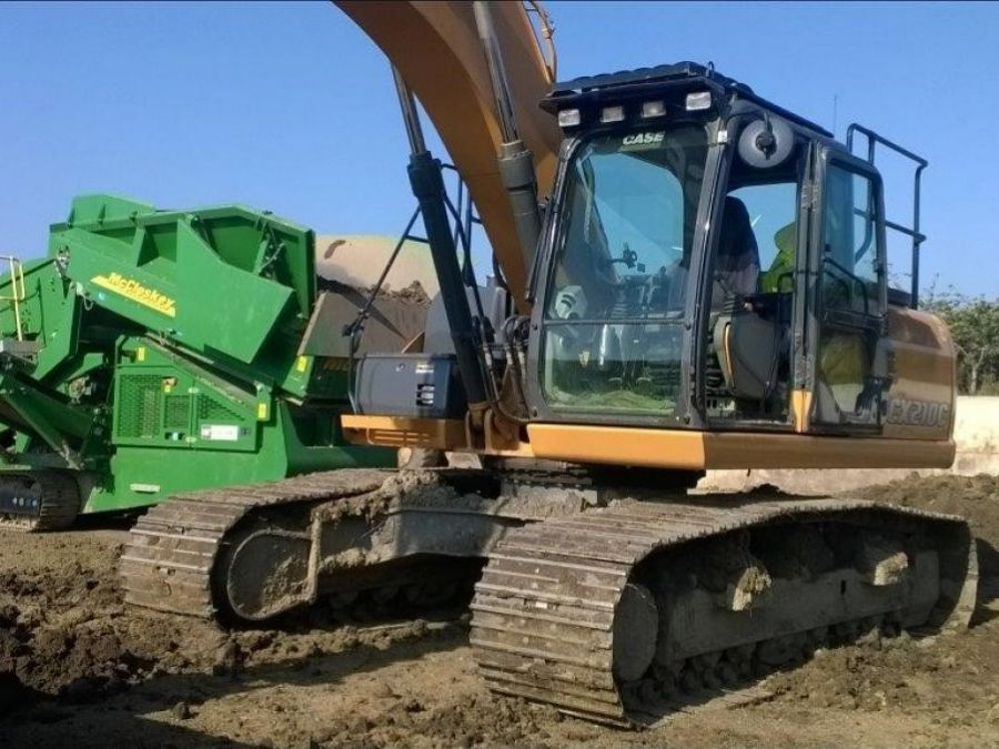 Used Excavator 2015 Case CX210C for Sale - 1