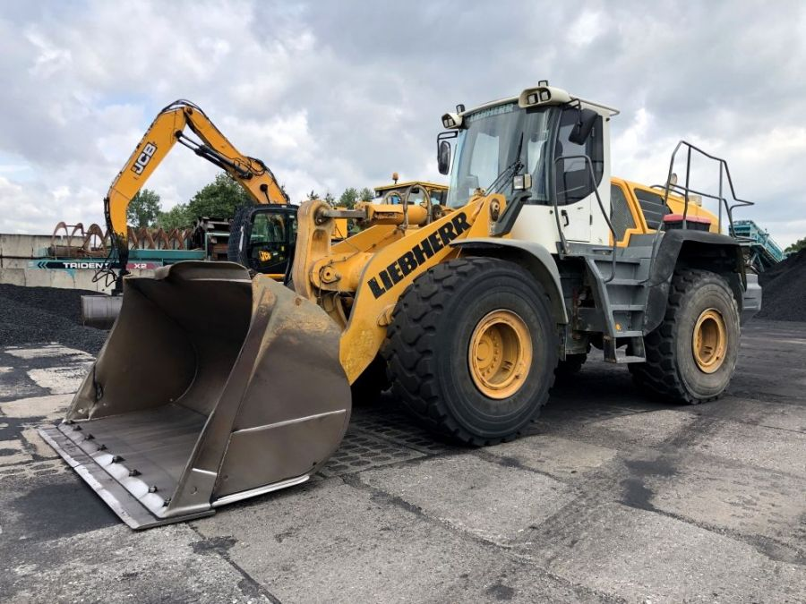 Used Wheel Loader 2008 Liebherr L 566 for Sale - 1 - Thumbnail