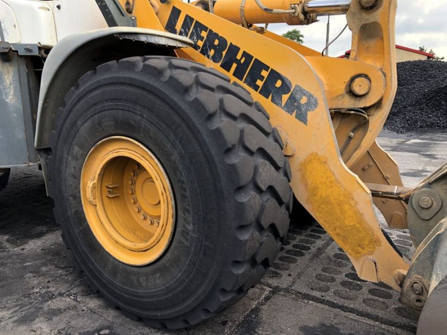 Used Wheel Loader 2008 Liebherr L 566 for Sale - 5 - Thumbnail