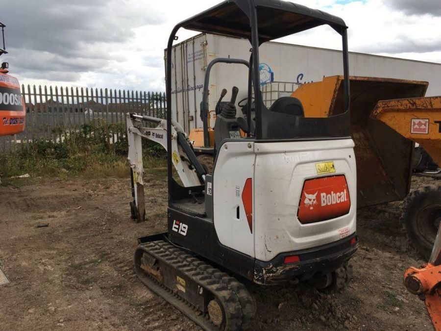 Used Excavator 2011 Bobcat E19 for Sale - 4
