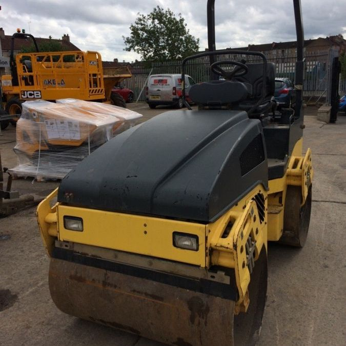 Used Roller 2012 Bomag BW120 for Sale - 1