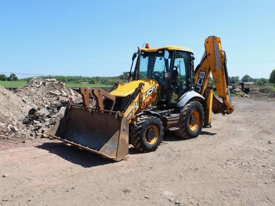Used Backhoe 2010 JCB 3CX  for Sale - 2 - Thumbnail