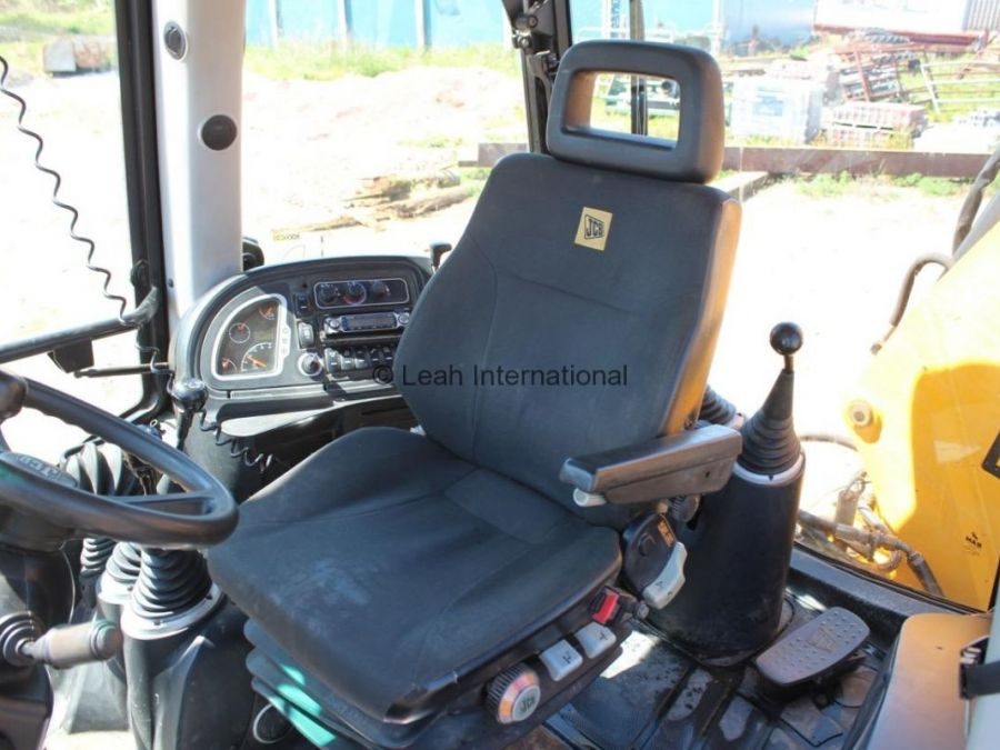 Used Backhoe 2010 JCB 3CX  for Sale - 3 - Thumbnail