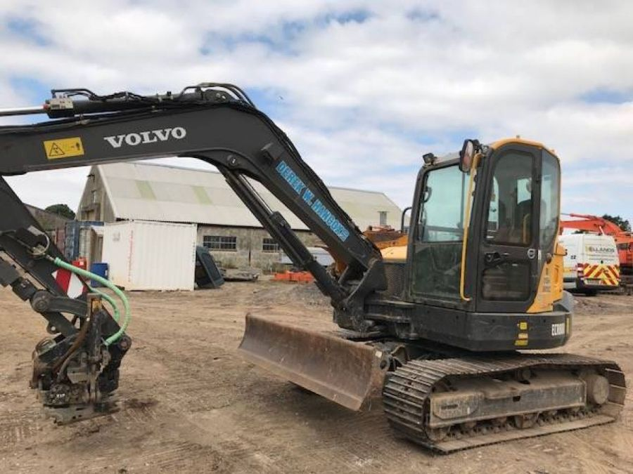 Used Excavator 2015 Volvo ECR88D for Sale - 2