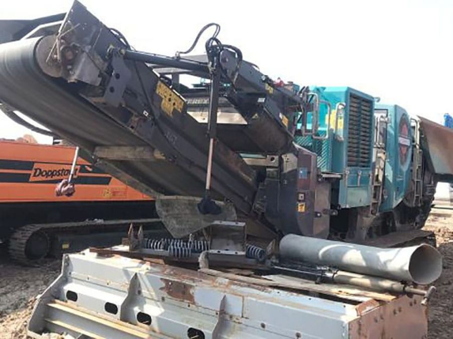Used Crusher 2017 Powerscreen Premiertrak 400X Post Screen for Sale - 3