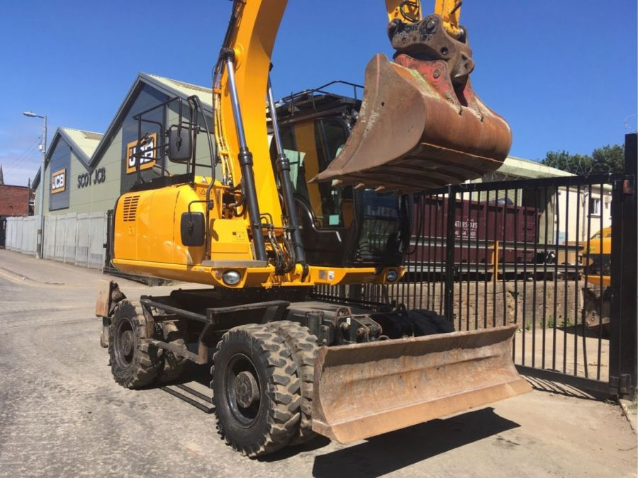 Used Excavator 2014 JCB JS 145W for Sale - 2 - Thumbnail