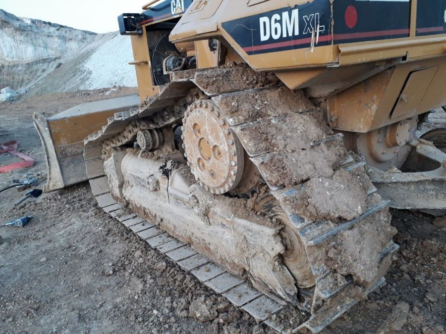 Used Dozer 1999 Caterpillar D6 for Sale - 3