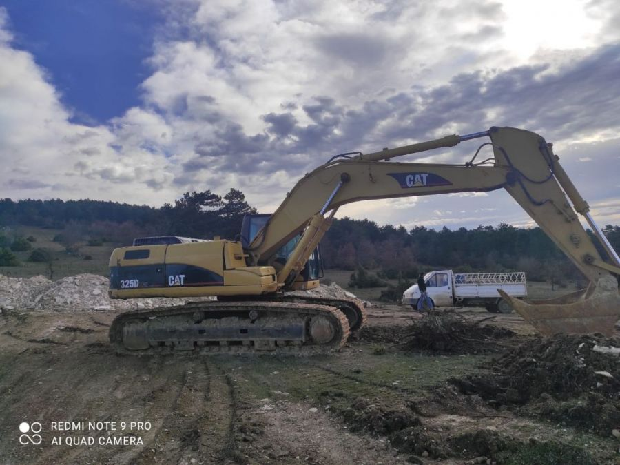 Used Excavator 2006 Caterpillar 325 for Sale - 2