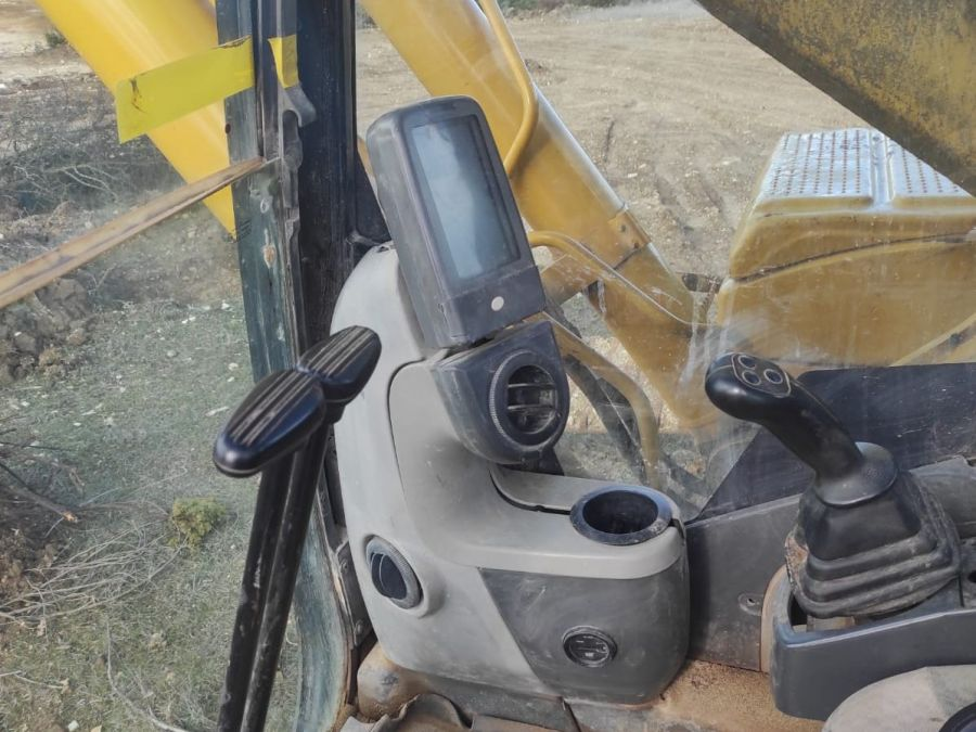 Used Excavator 2006 Caterpillar 325 for Sale - 4