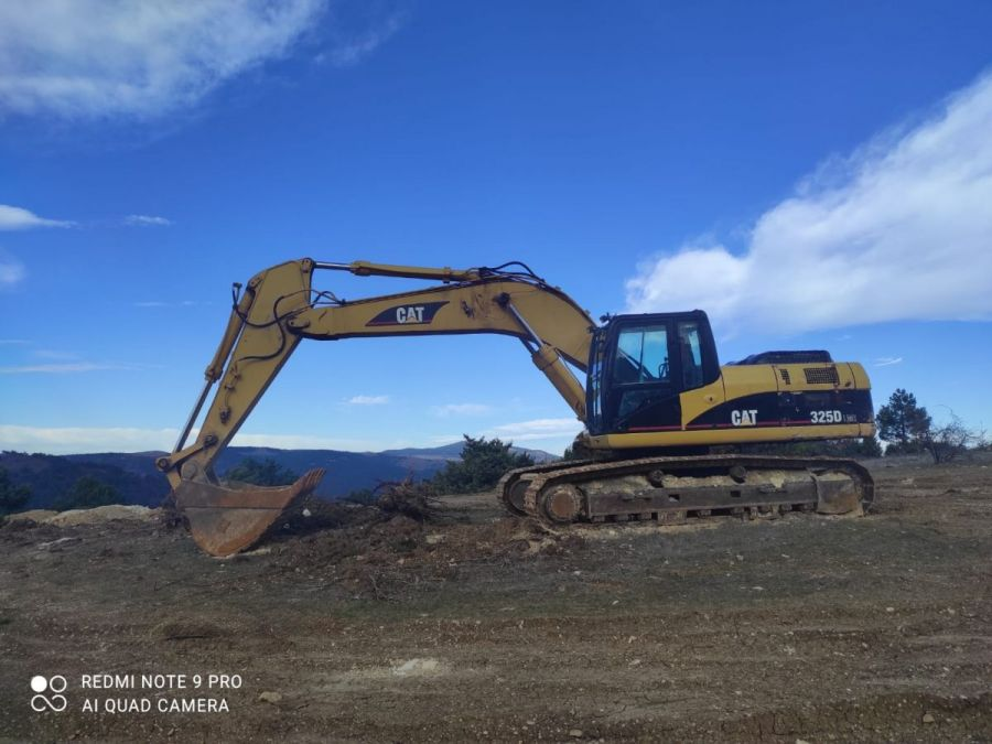 Used Excavator 2006 Caterpillar 325 for Sale - 1