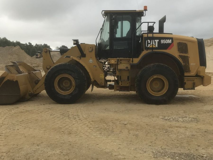 Used Wheel Loader 2016 Caterpillar 950M for Sale - 1