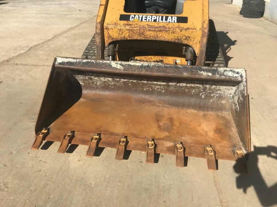 Used Skid Steer 2008 Caterpillar 247B2 for Sale - 4