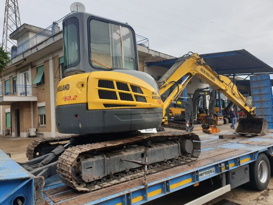 Used Excavator 2008 New Holland E50.2SR for Sale - 2