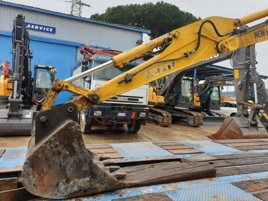 Used Excavator 2008 New Holland E50.2SR for Sale - 5