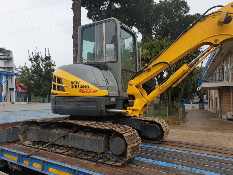 Used Excavator 2008 New Holland E50.2SR for Sale - 3