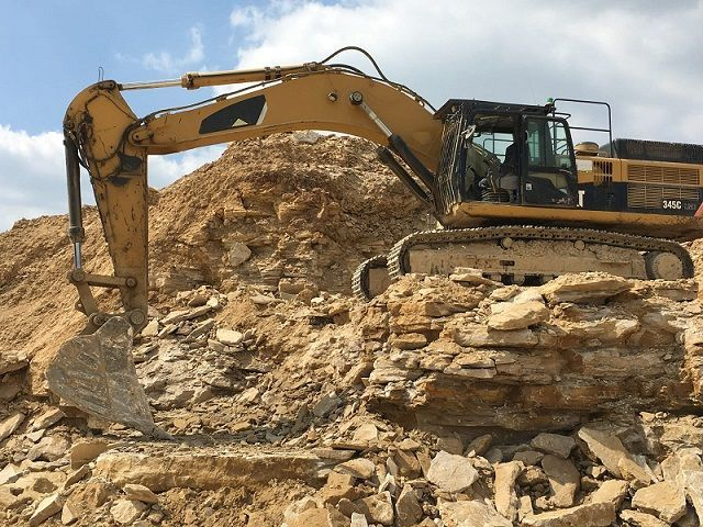Used Excavator 2007 Caterpillar 345C for Sale - 1 - Thumbnail
