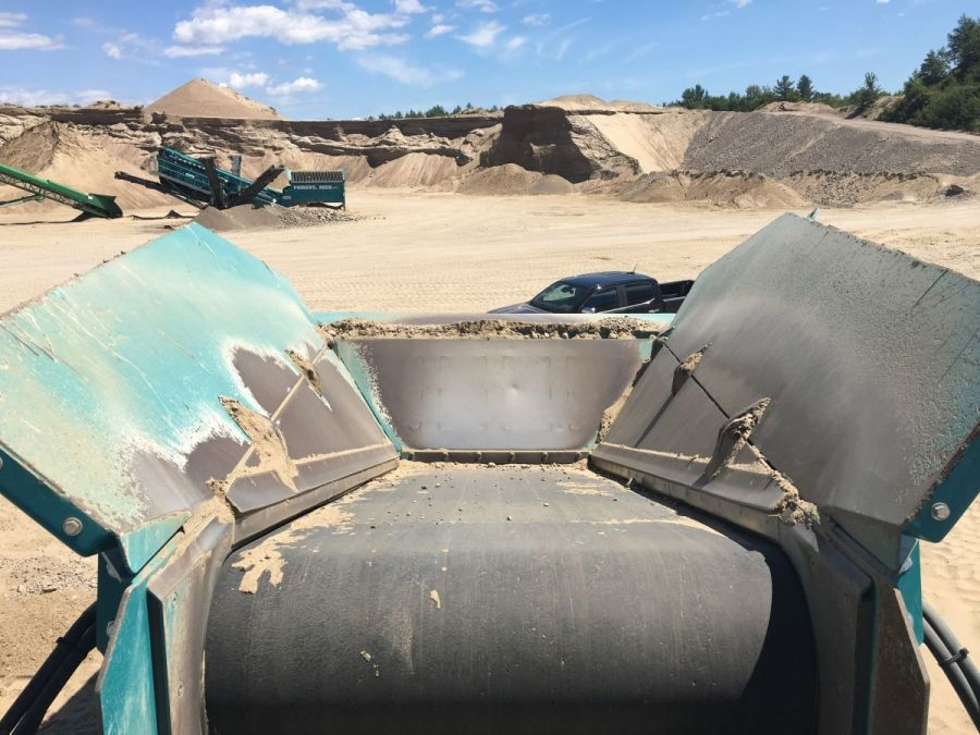 Used Screener 2015 Powerscreen Warrior 1800 for Sale - 2