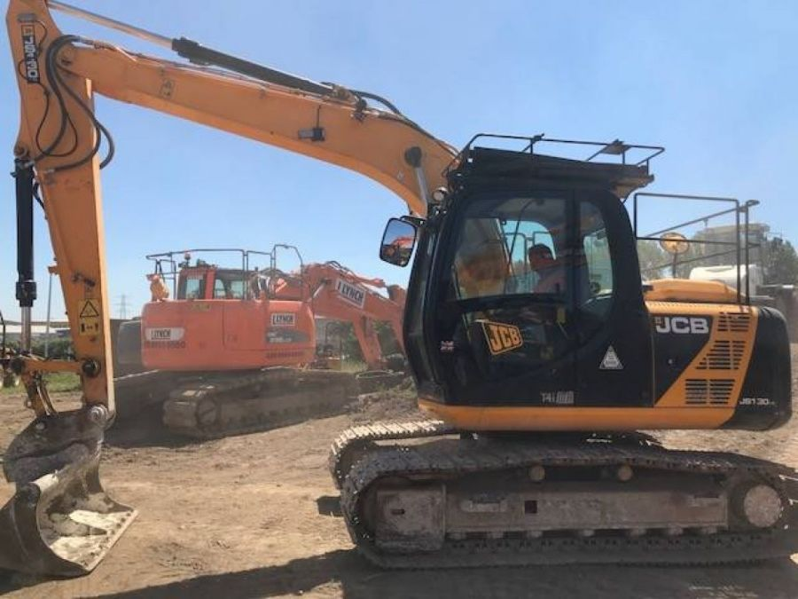 Used Excavator 2013 JCB JS 130 for Sale - 2 - Thumbnail