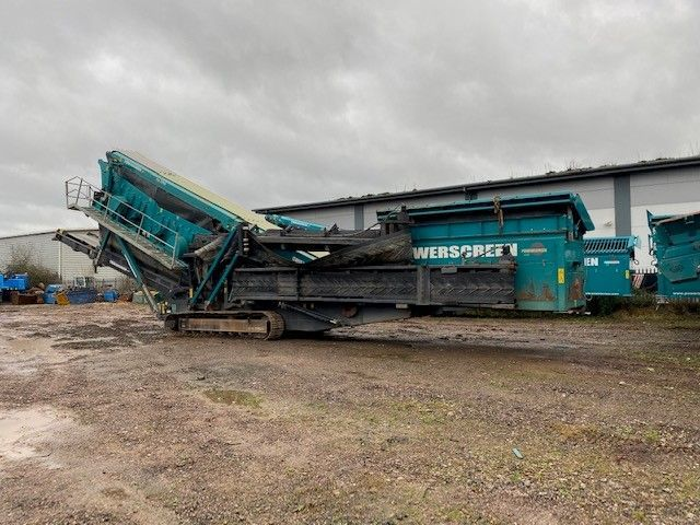 Used Screener 2015 Powerscreen Chieftain 2200 3 Deck for Sale - 3