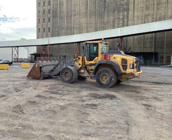 Used Wheel Loader 2015 Volvo L110H for Sale - 3 - Thumbnail
