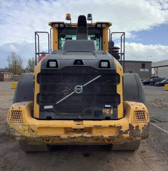 Used Wheel Loader 2015 Volvo L110H for Sale - 4 - Thumbnail