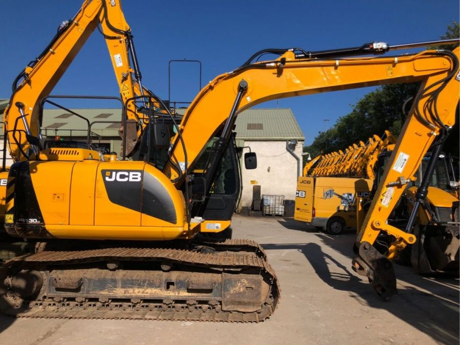 Used Excavator 2014 JCB JS 130 for Sale - 2 - Thumbnail