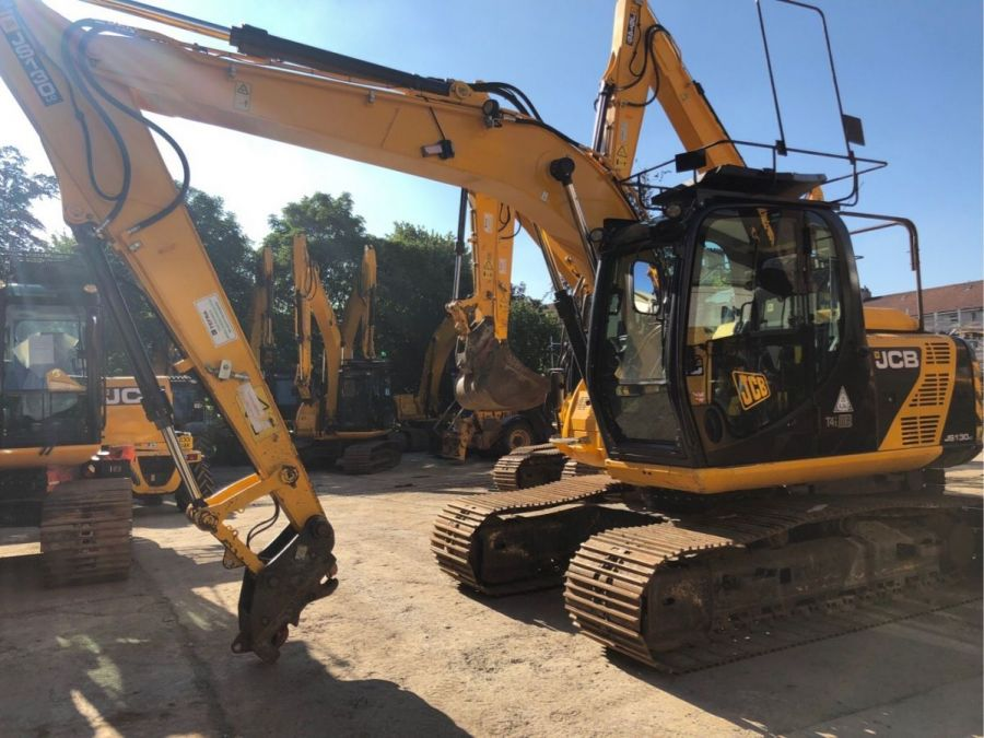 Used Excavator 2014 JCB JS 130 for Sale - 1 - Thumbnail