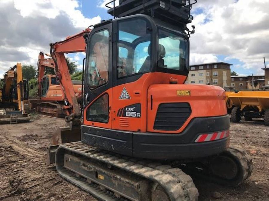 Used Excavator 2015 Doosan DX85R for Sale - 2