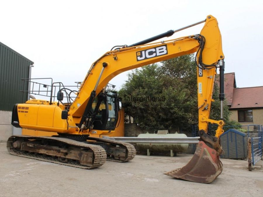 Used Excavator 2014 JCB JS 220 for Sale - 1 - Thumbnail