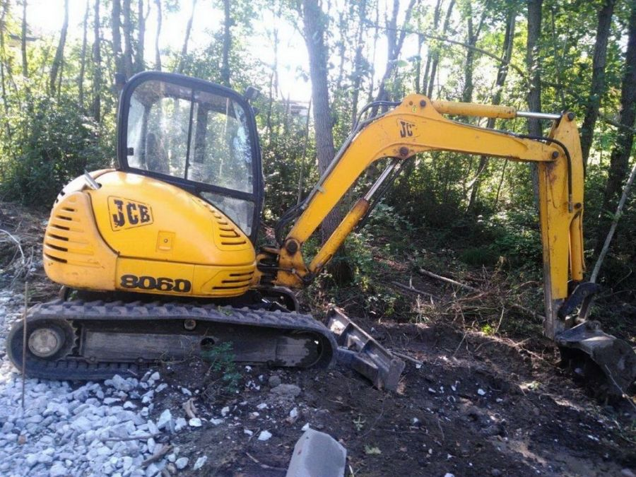 Used Excavator 2001 JCB 8060 for Sale - 2 - Thumbnail