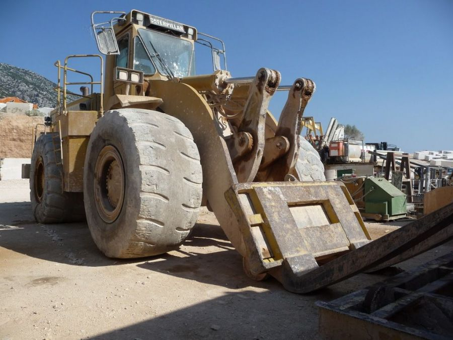 Used Wheel Loader 1996 Caterpillar 988F for Sale - 1