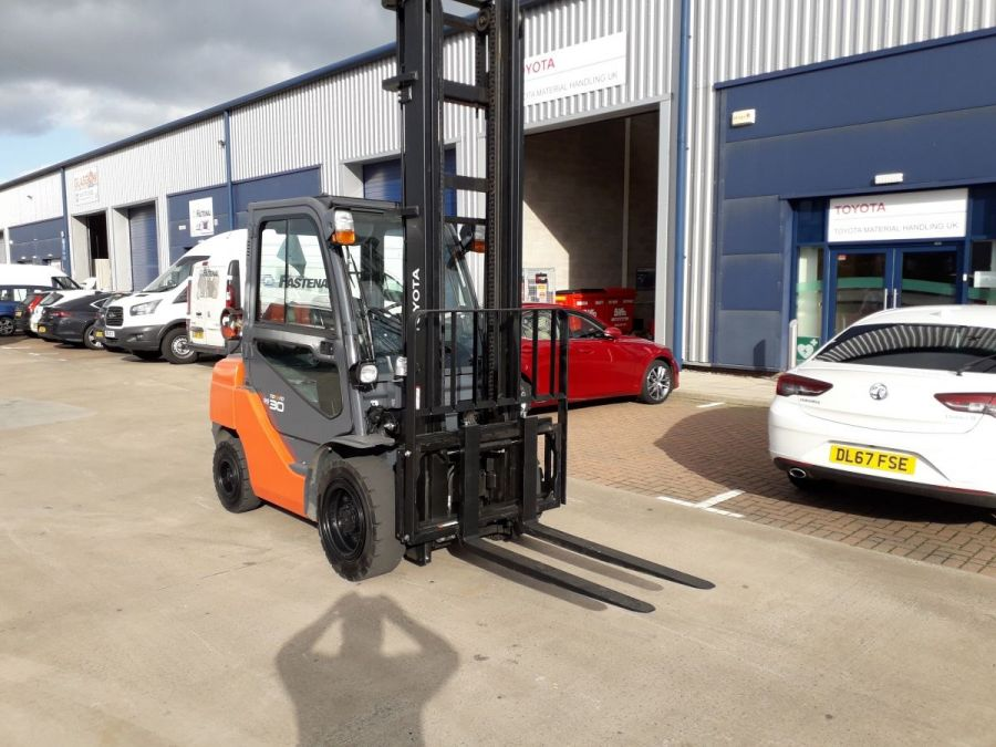 Used Forklift 2015 Toyota Tonero 3t for Sale - 5