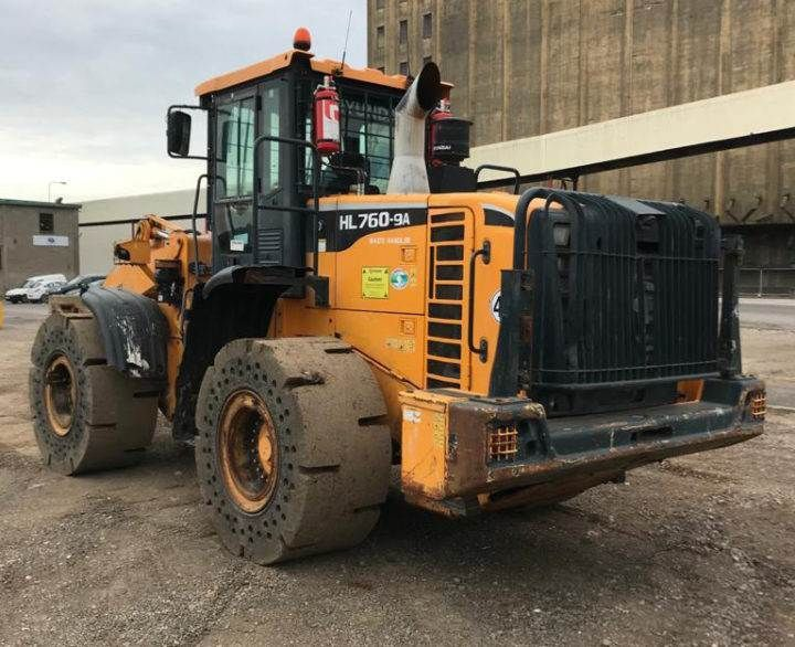 Used Wheel Loader 2016 Hyundai HL760-9AWH for Sale - 3