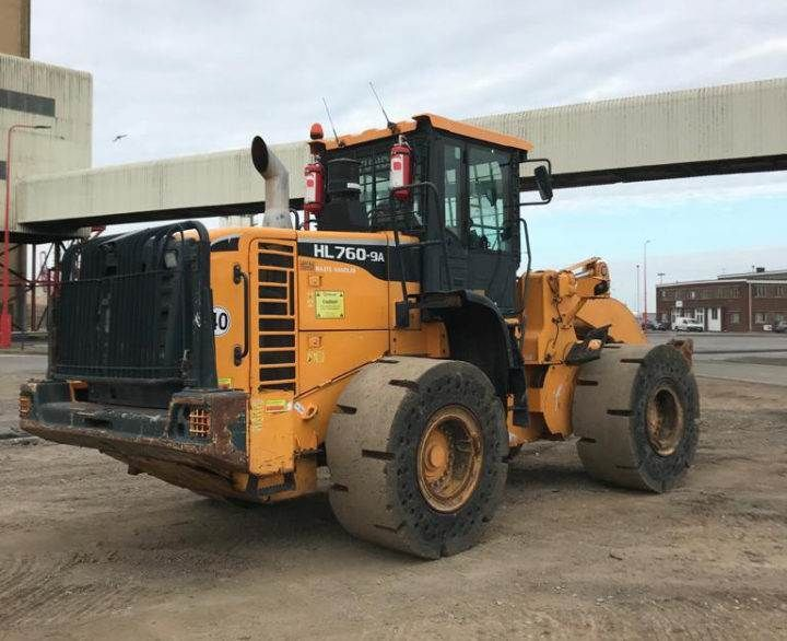 Used Wheel Loader 2016 Hyundai HL760-9AWH for Sale - 5