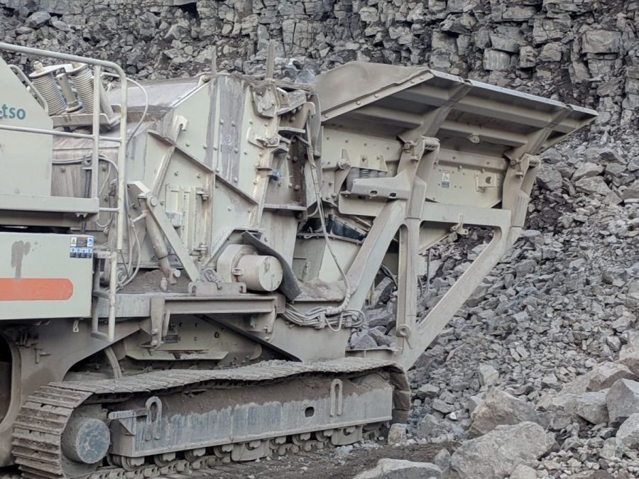 Used Crusher 2005 Metso LT1213 for Sale - 2