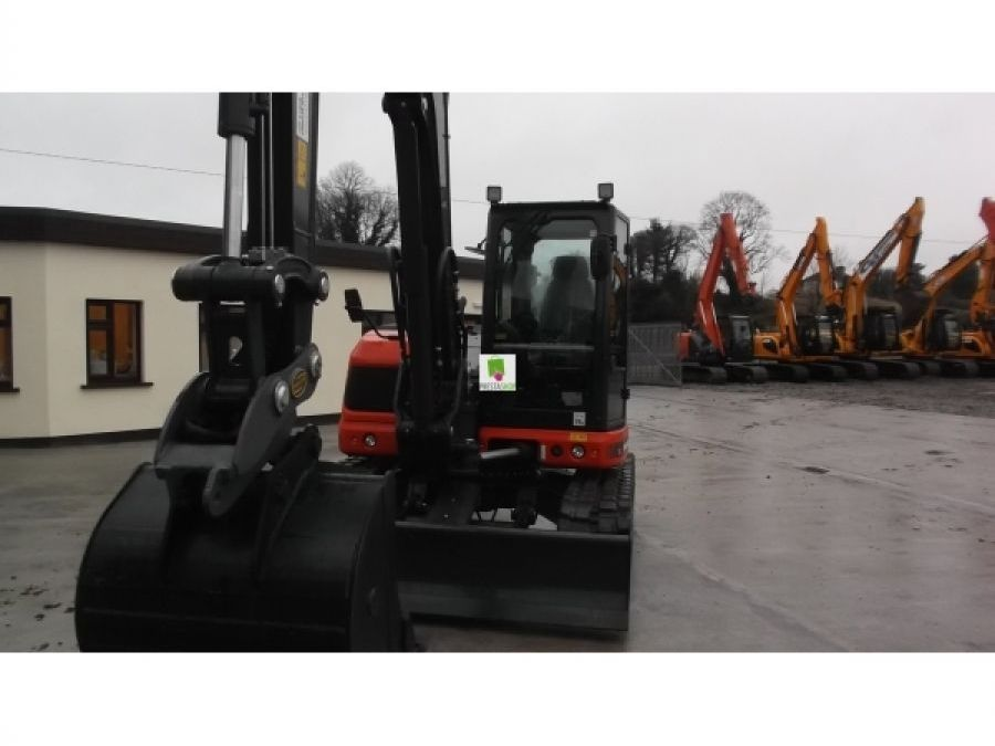 New Excavator 2018 Eurocomach ES85ZT for Sale - 2