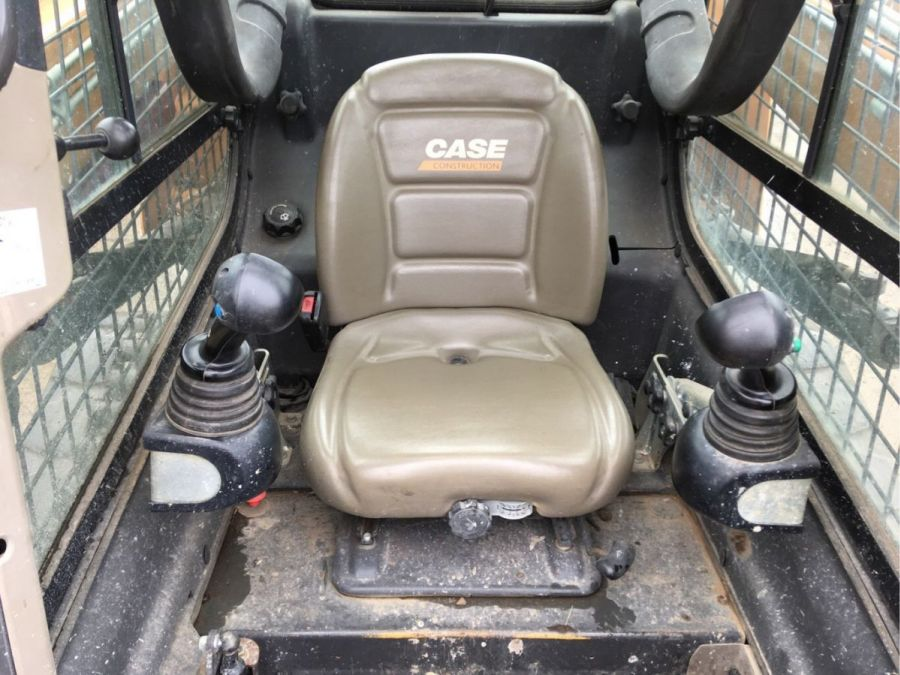 Used Skid Steer 2012 Case 1138 for Sale - 2
