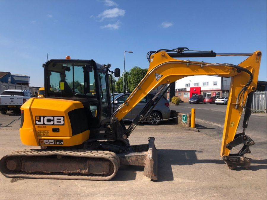Used Excavator 2017 JCB 65R-1 for Sale - 2 - Thumbnail
