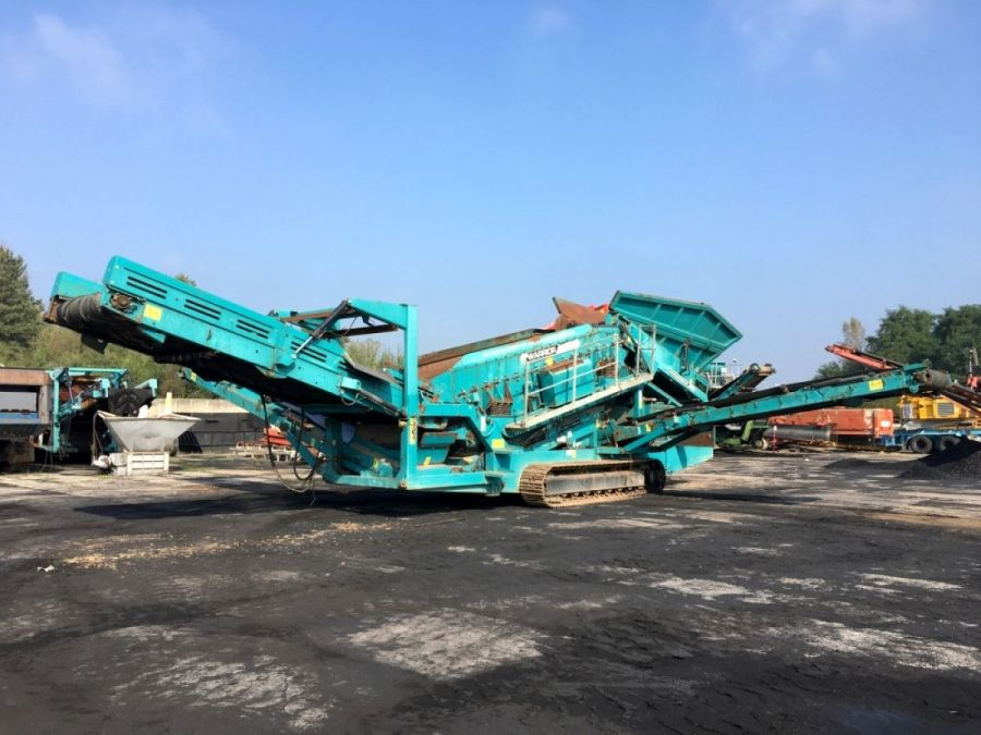 Used Screener 2010 Powerscreen Warrior 1800 for Sale - 1