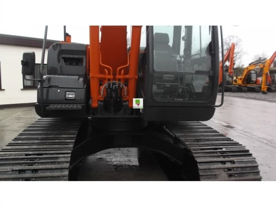 Used Excavator 2014 Hitachi ZX130LCN for Sale - 3