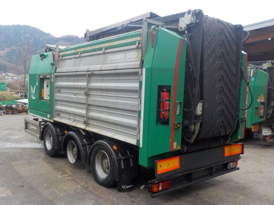 Used Slow Speed Shredder 2011 Komptech Crambo 5000 for Sale - 2
