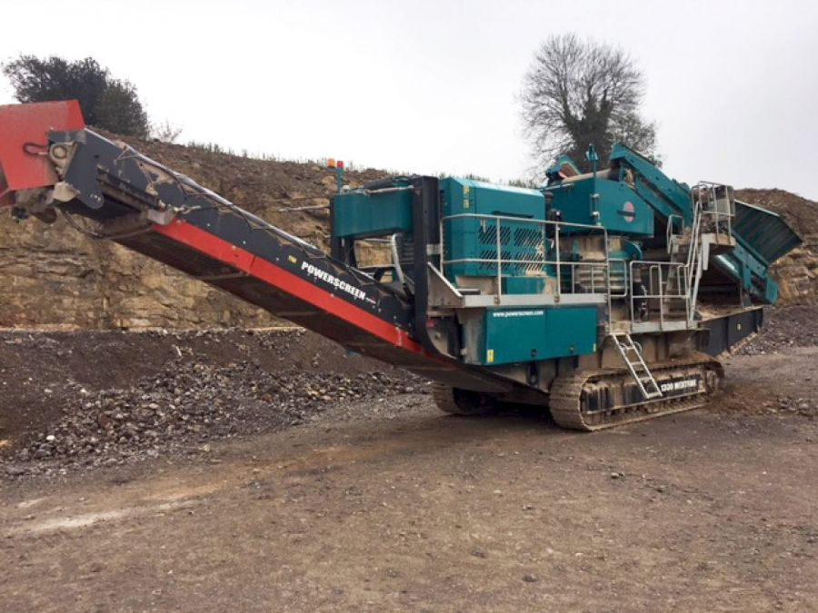 Used Crusher 2016 Powerscreen 1300 Maxtrak for Sale - 1