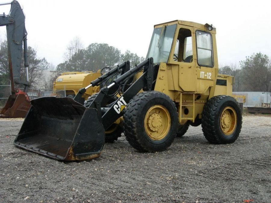 Used Wheel Loader 1990 Caterpillar 910 for Sale - 3